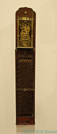 Japanese clock with varying-length hours